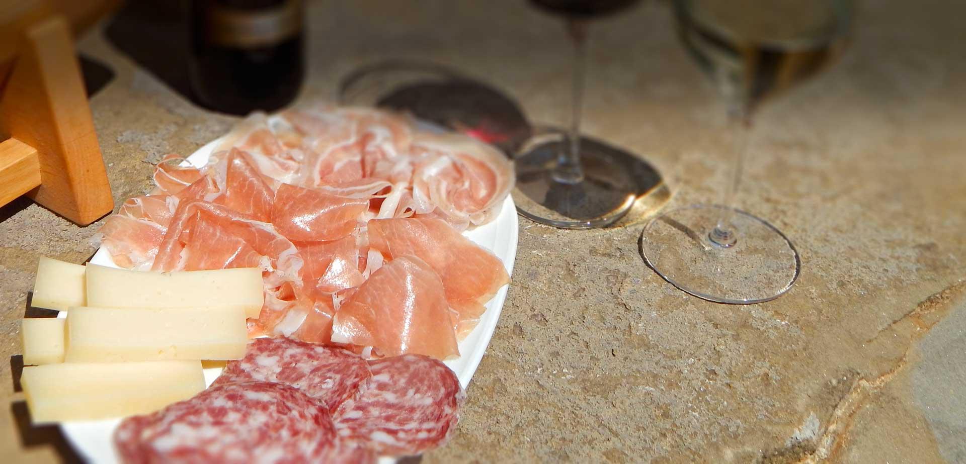 Agriturismo La di Gaspar - Degustazione vini e salumi